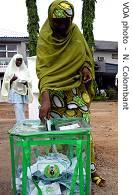 Women voting in Abuja, one of the rare places voting <br />went well<br />